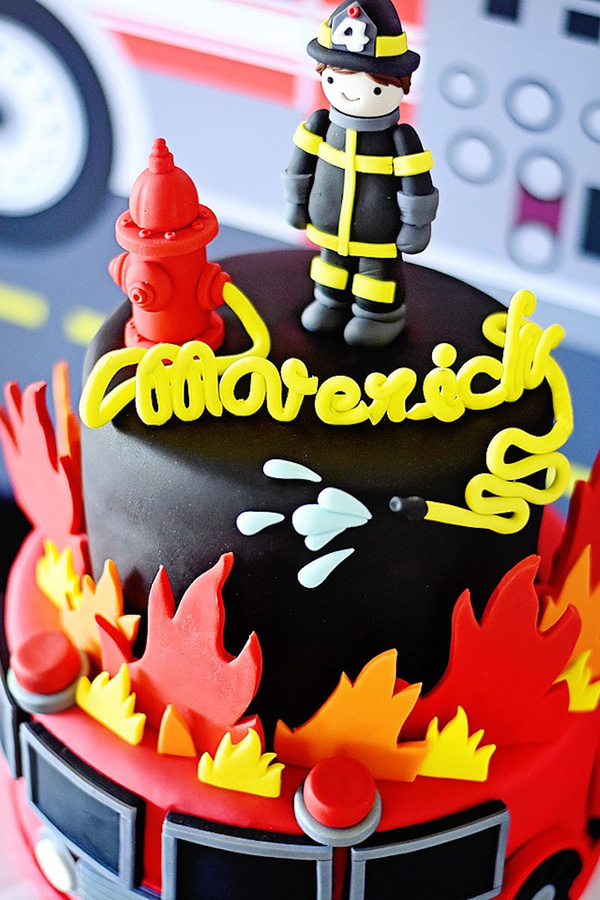 Картинка на день рождения для пожарного